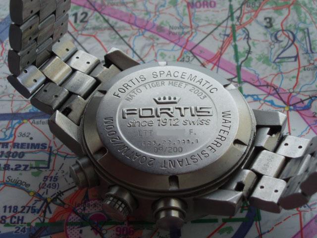 y a t il des fans des montres d'aviation à l'image... P4270511